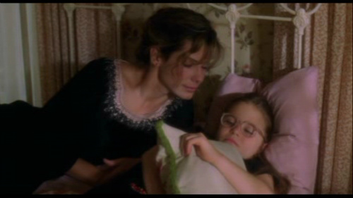 Sandra Bullock and Mae Whitman in Hope Floats