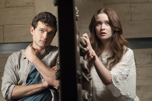 Alden Ehrenreich and Alice Englert in Beautiful Creatures
