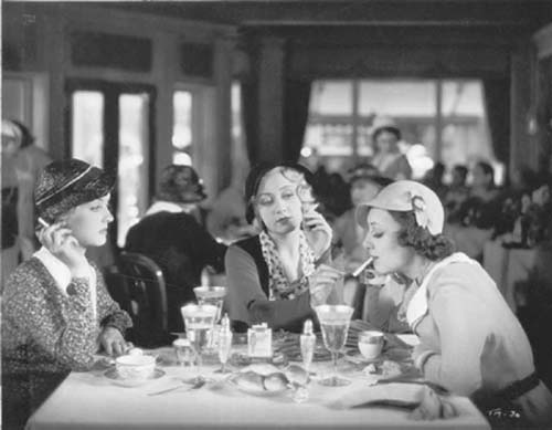Bette Davis, Joan Blondell and Ann Dvorak in Three on a Match