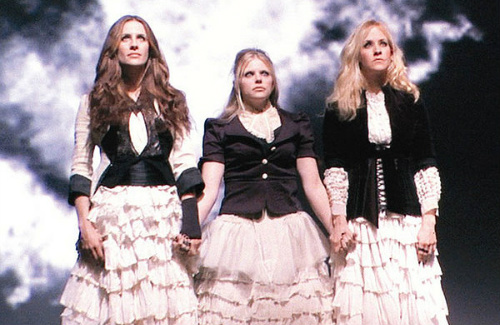 Dixie Chicks Emily Robison, Natalie Maines & Martie Maguire in Shut Up and Sing
