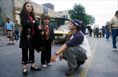 Alexa Vega, Daryl Sabara and director Robert Rodriguez during filming for SPY KIDS